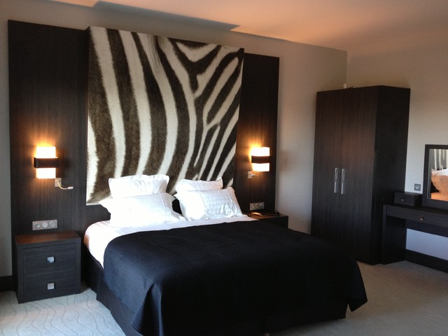 d coration chambre zebre. Black Bedroom Furniture Sets. Home Design Ideas
