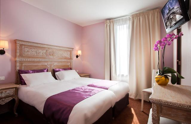 chambre de style bois c rus classique chic chambre paris par 126 events marque d co priv. Black Bedroom Furniture Sets. Home Design Ideas