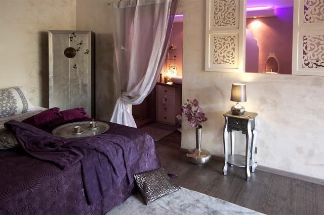 chambre f minine style mauresque m diterran en chambre. Black Bedroom Furniture Sets. Home Design Ideas