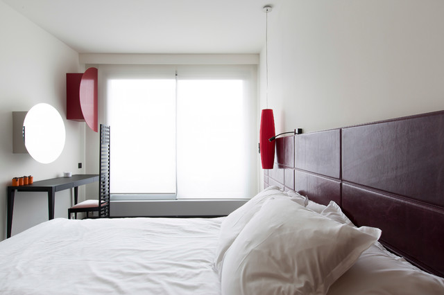 Cuisine Salon Et Chambre Th Matique Rouge Et Noir Contemporary Bedroom Other Metro By