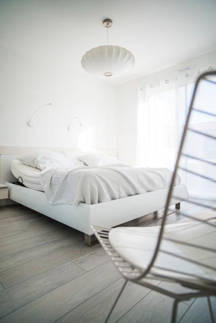 d coration d 39 une pi ce de vie dans une maison neuve. Black Bedroom Furniture Sets. Home Design Ideas