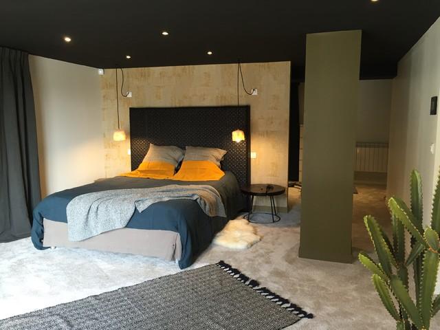 garage am nag en suite parentale dommartin. Black Bedroom Furniture Sets. Home Design Ideas