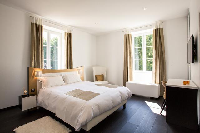 la chambre klimt contemporain chambre bordeaux par a3design. Black Bedroom Furniture Sets. Home Design Ideas