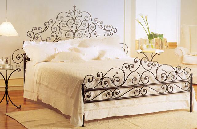 lit en fer forg clectique chambre toulouse par m ferronnerie. Black Bedroom Furniture Sets. Home Design Ideas