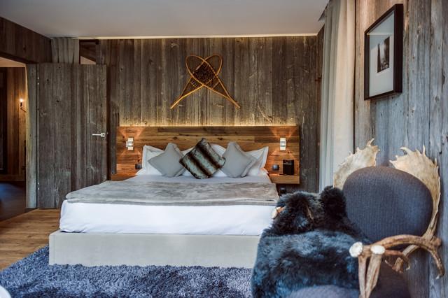 lodges zoo de la fl che rustic bedroom other metro by st phane le ludec photographe. Black Bedroom Furniture Sets. Home Design Ideas