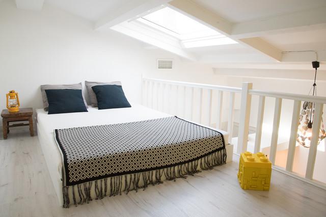 mezzanine relook e contemporain chambre marseille par la ligne de claire. Black Bedroom Furniture Sets. Home Design Ideas