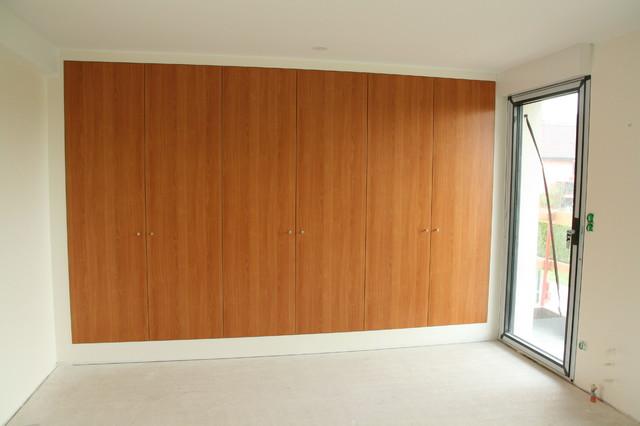 Placard de chambre modern bedroom strasbourg by for Placard de chambre en bois