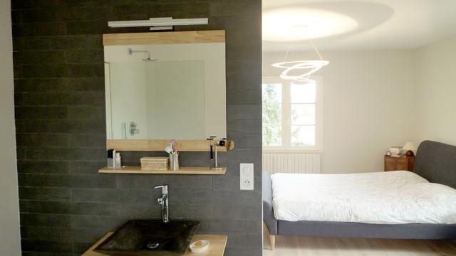 Suite parentale avec salle de bain ouverte eclectic for Salle de bain ouverte