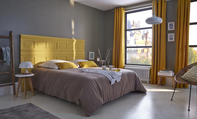 une chambre moderne et chaleureuse pile dans la tendance. Black Bedroom Furniture Sets. Home Design Ideas