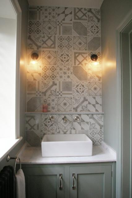 Interior design project hampshire country cloakroom for Interior designers hampshire