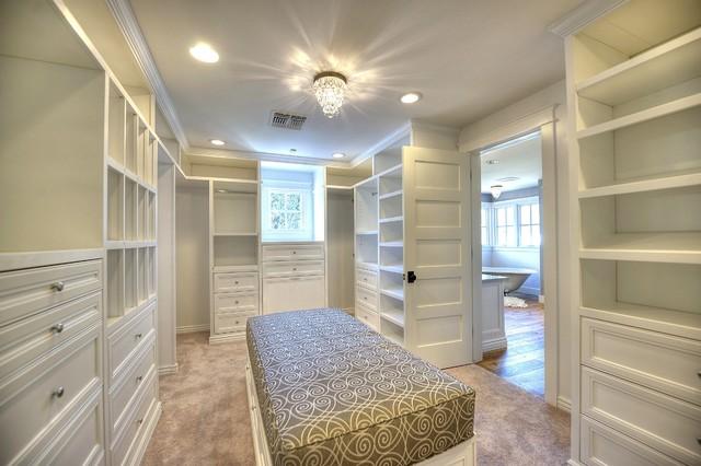 Lafayette craftsman-closet