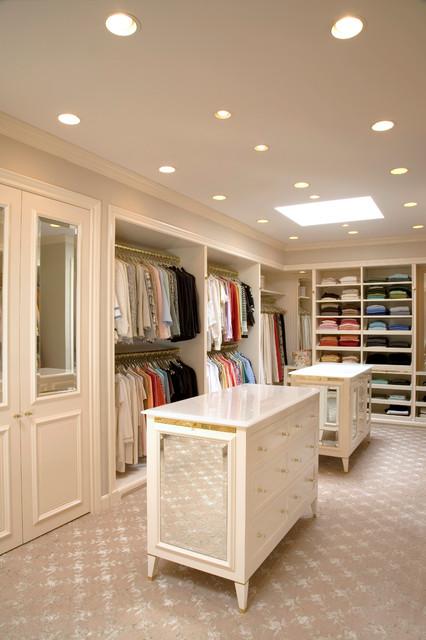 5 traditional-closet