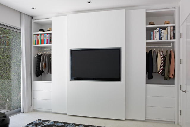Closet Designers and Professional Organizers