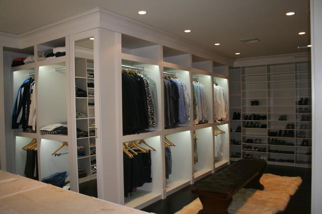 Allison Road modern-closet