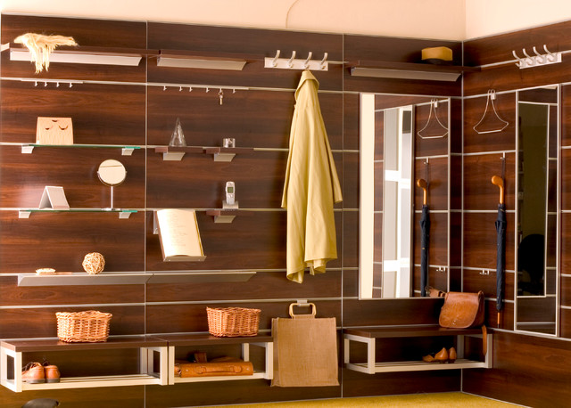 Aluminum Wall System With Accessories Contemporary Closet