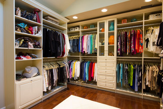 Amazing closet that feels like a high end boutique ...