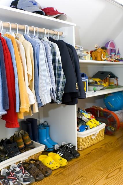 Amoroso Design contemporary-closet