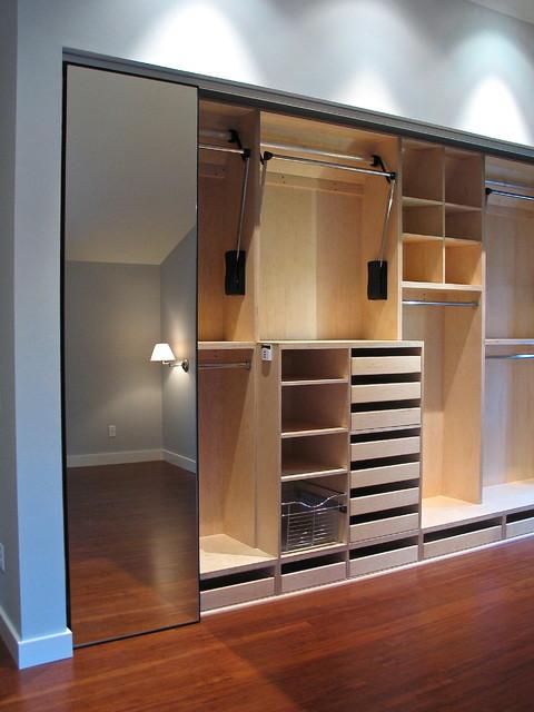 ashton master closet moderne armoire et dressing. Black Bedroom Furniture Sets. Home Design Ideas
