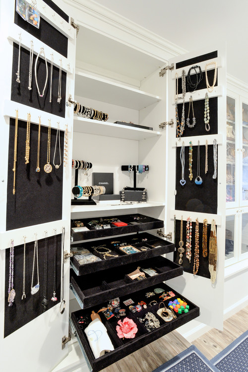 Jewelry Room Storage