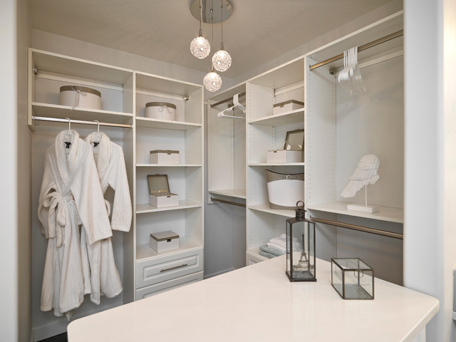 Avalon Show Home in Keswick contemporary-closet