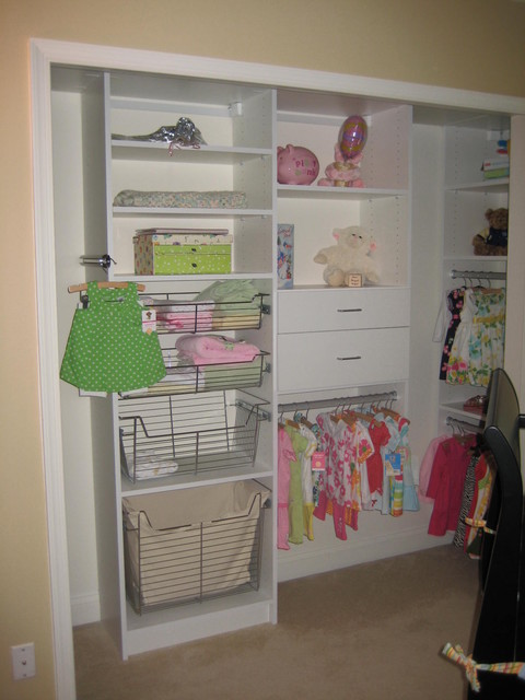 Baby's Closet traditional-closet