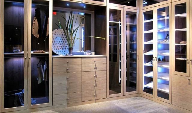 Nice Bamboo Miami Showroom Display Contemporary Wardrobe