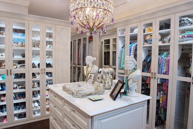 Belle Terre traditional-closet