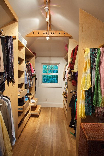 Berkeley Dormer Addition And Bedroom Expansion Traditional Closet San Francisco By