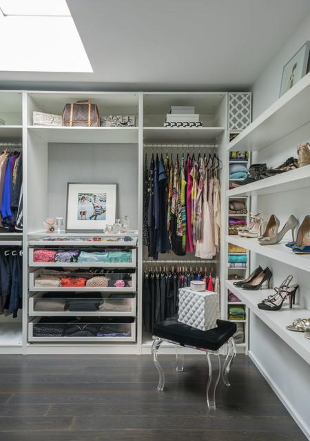 Black Rock modern-closet