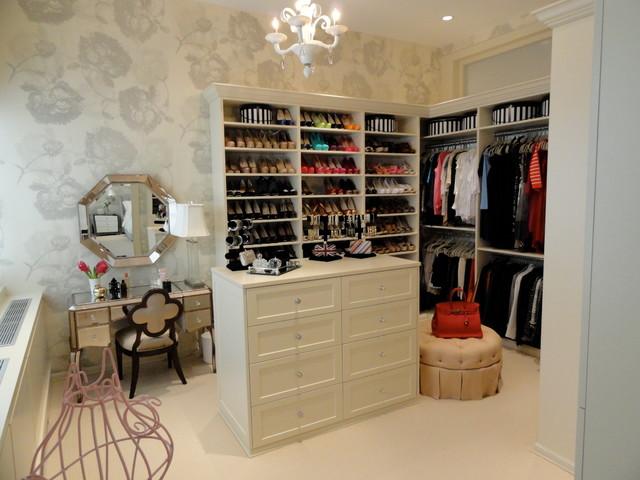 Bravo TV - Bethenny Ever After - Bethenny  Dream Closet traditional-closet
