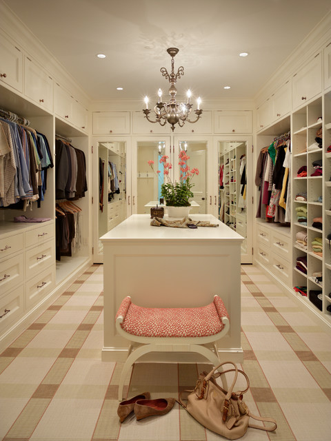 Charmant Example Of A Classic Carpeted Closet Design In Seattle With Beige Cabinets