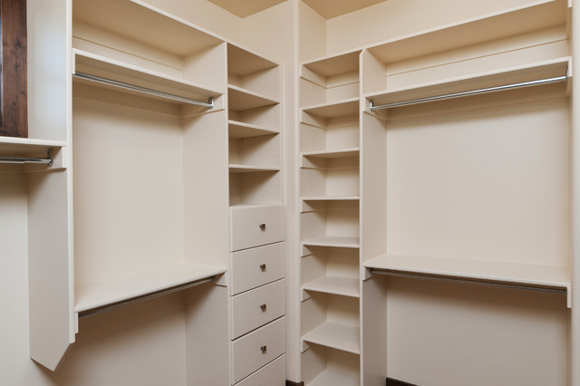 Built by Cameo Homes Inc. in  Park City, Utah traditional-closet