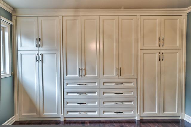 Built In Closet Traditional Wardrobe