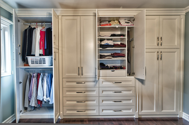 Built in closet traditional closet toronto by spaces inc - Closet ideas small spaces concept ...