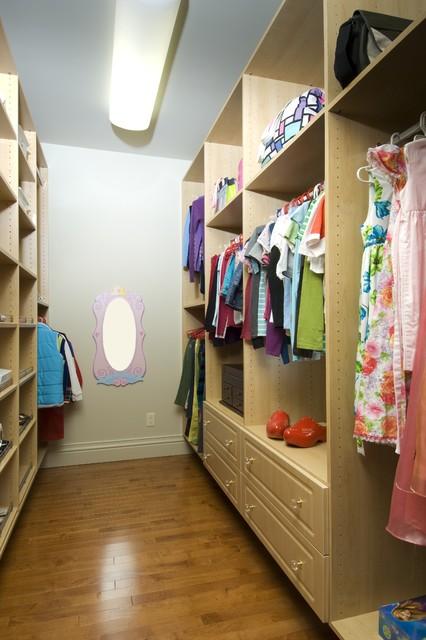 Carlisle Closets traditional-closet