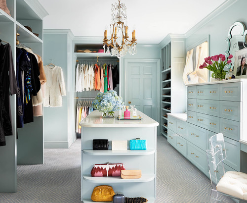 Photo by Gray Walker Interiors - Discover traditional closet design ideas 3266a20eb8