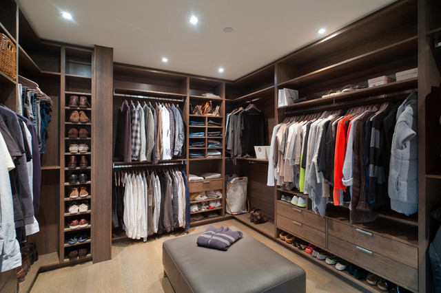 Caulfeild Contemporary Closet Vancouver By Old World Kitchens Custom Cabinets