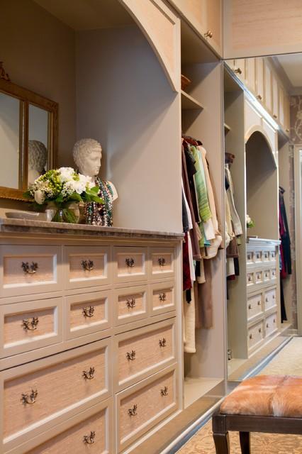 Charmean Neithart Interiors, LLC. traditional-closet
