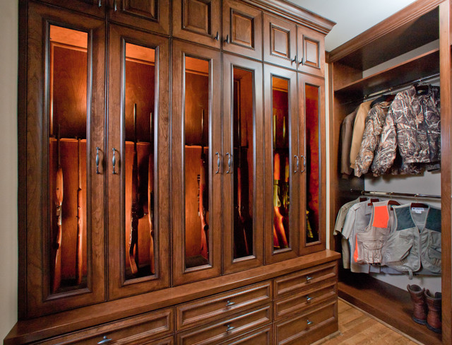 Cherry Elegance Specialty Space - Closet - Traditional ...