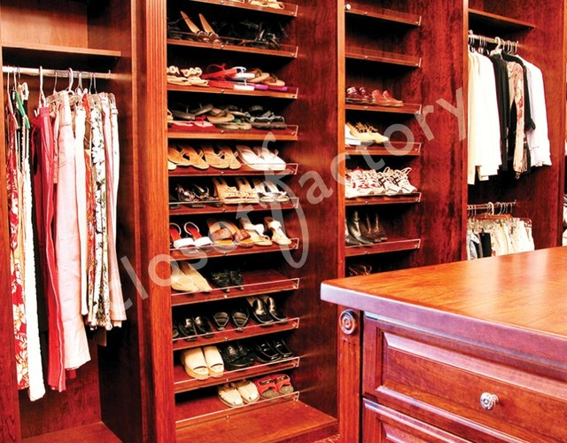 Cherry Master Walk In Closet - Traditional - Closet - dallas - by Kay Wade, Closet Factory