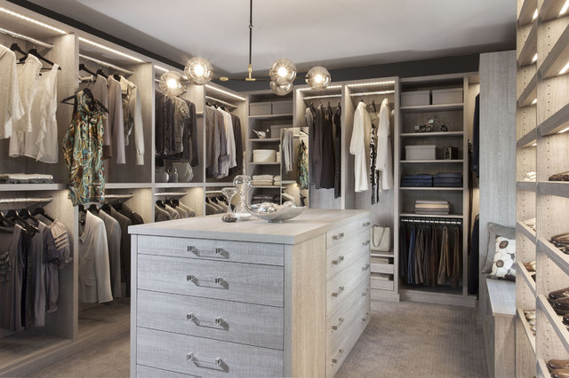 Armoire Et Dressing chic dressing room - brooklyn, ny - classique chic - armoire et