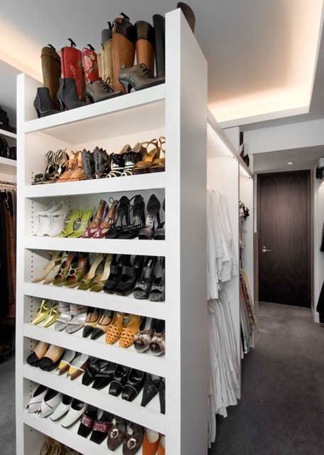 Chicago Modern Penthouse contemporary-closet