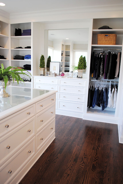 Circle Park Place traditional-closet