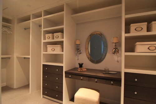 How to convert a closet into a pantry with pull out for Convert kitchen desk to pantry