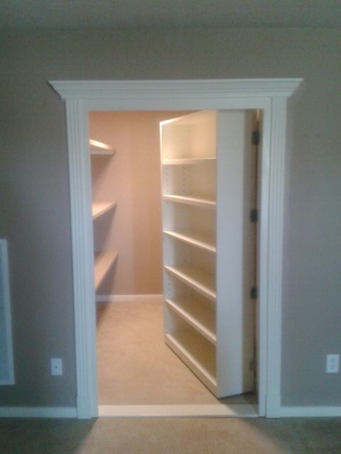 Closet traditional closet houston by bjork remodeling for Walk in safe rooms