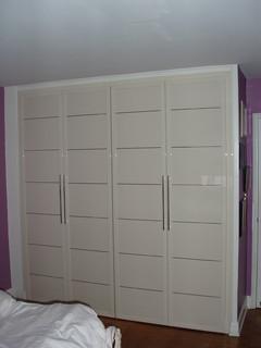 closet doors modern closet new york by bella porta. Black Bedroom Furniture Sets. Home Design Ideas