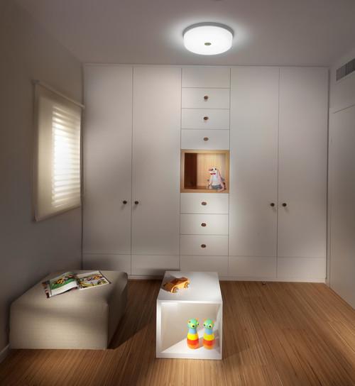 closet contemporary closet