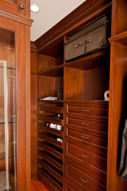 Residence NJ (Bar Room, Office) traditional-closet