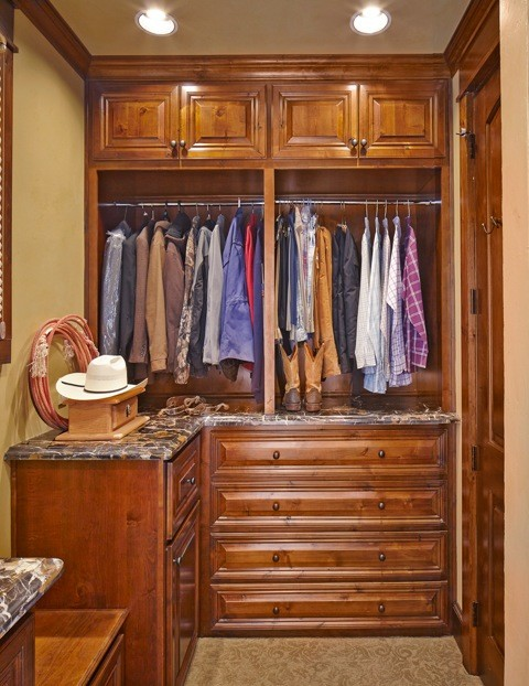 Closet organization by usi design remodeling rustic for Closets by design dallas