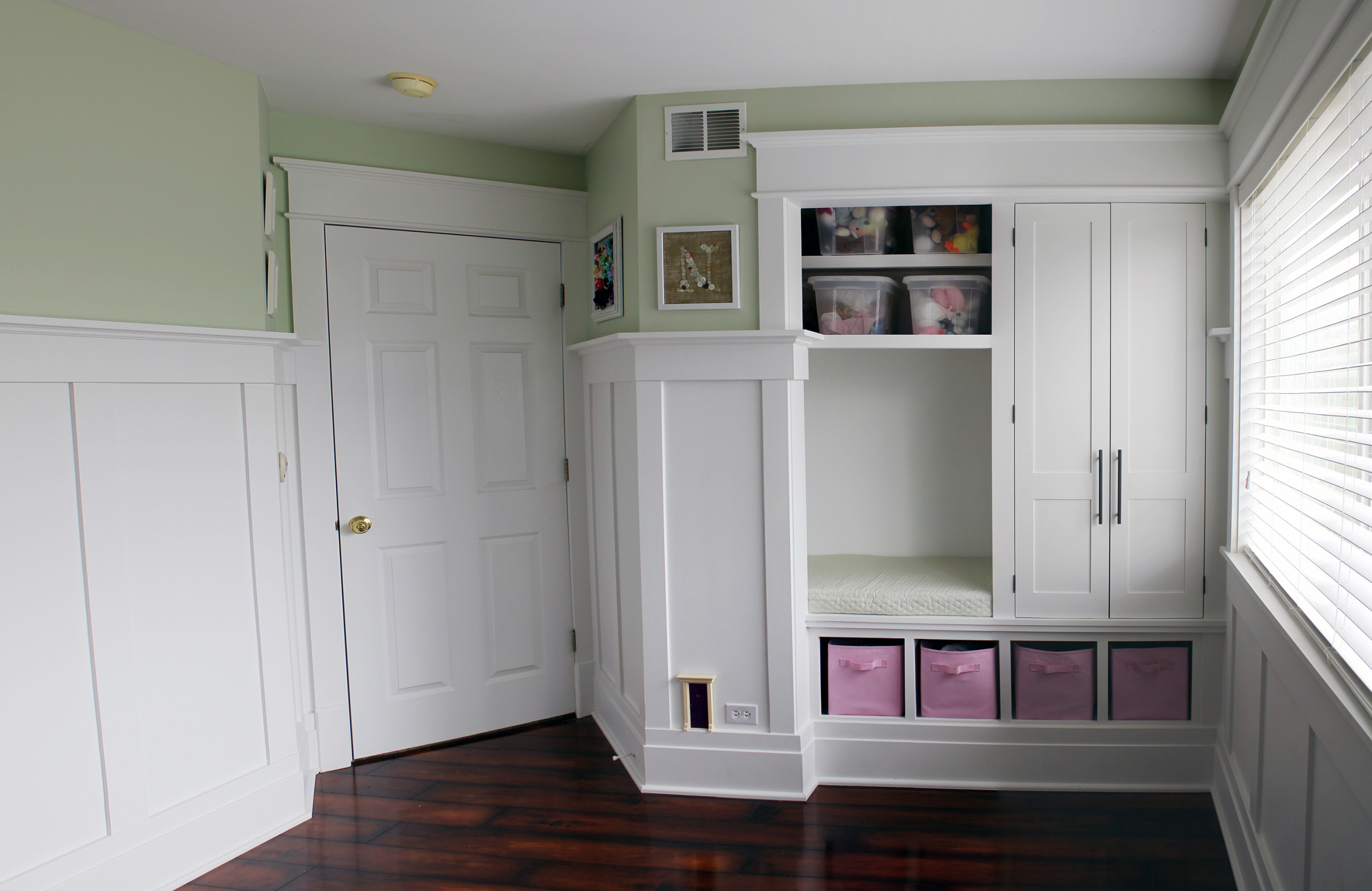 75 Beautiful Craftsman Reach In Closet Pictures Ideas November 2020 Houzz